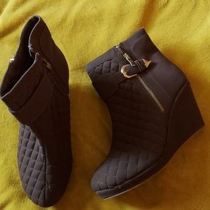 Bootie size 10